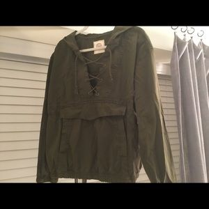 NWOT Army Green Canvas Pullover Jacket w/hood